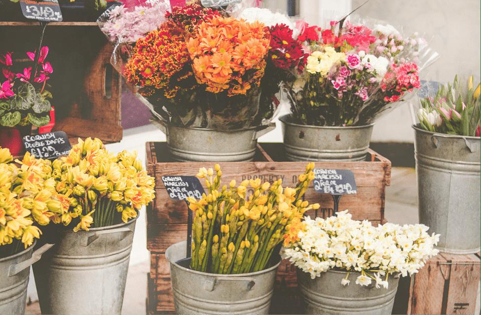 """Even Pharaohs arranged Flowers"""